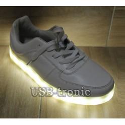 Светящиеся кроссовки 35 размер с подсветкой белого цвета