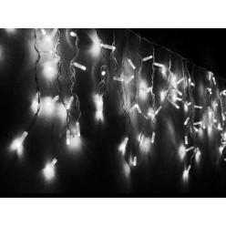 Уличная новогодняя гирлянда Бахрома 30-60 см Белый свет 5 метров с мерцанием Белый кабель